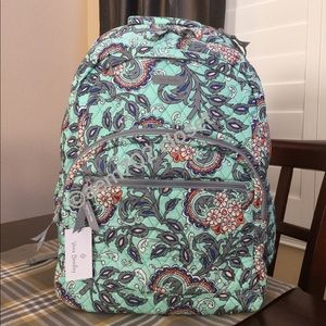 NWT VERA BRADLEY LARGE ESSENTIAL BACKPACK